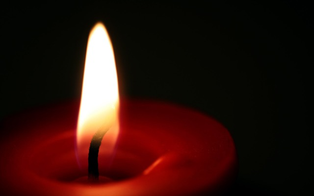 10053-candle-wallpaper